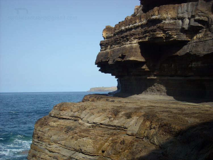 Acantilado/Cliff