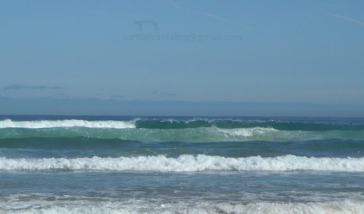 Azules. Cielo, olas, mar. Blue & Waves