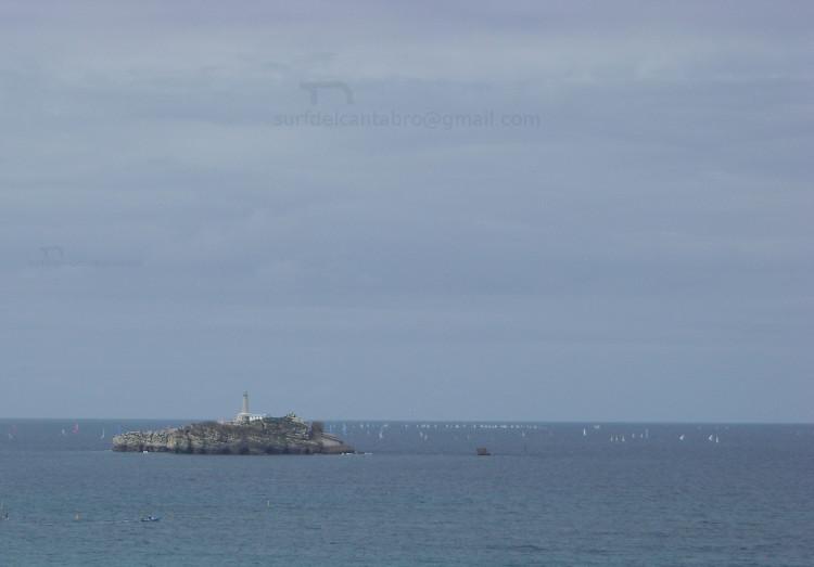 Isla de Mouro. tráfico barcos. Mouro Island, ships